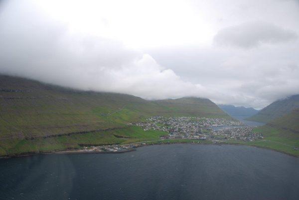 Anflug auf Klaksvik