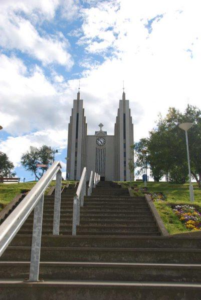 Art Deco-Kirche in Akureyri