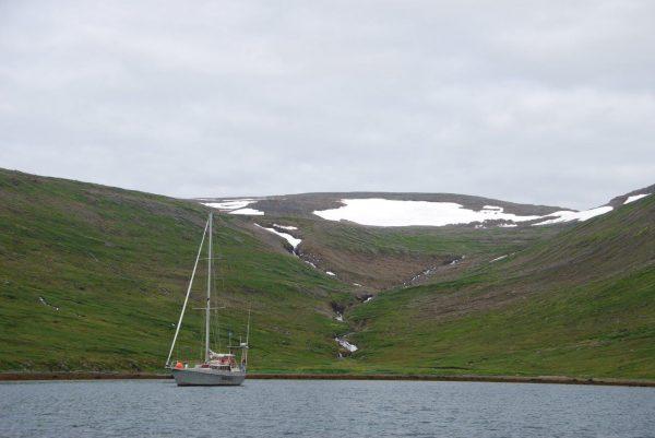 im Schoß des Fjords