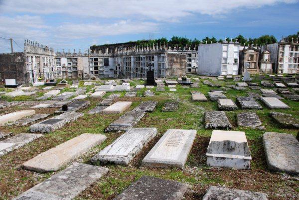 Friedhofsarchitektur in Caraminal