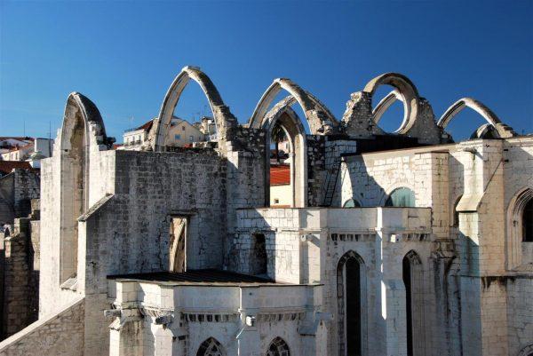 Ruine der do Carmo Kathedrale