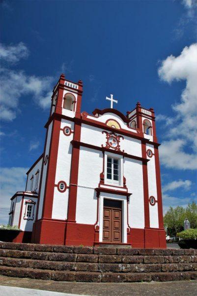 typische Azorenkirche