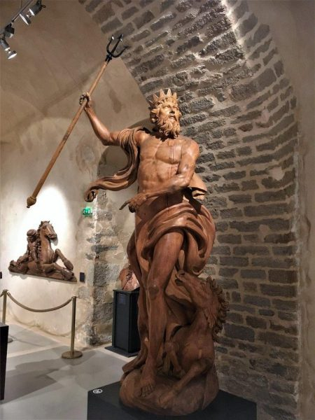 Gallionsfigur Neptun im Marinemuseum Brest