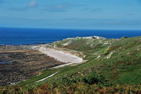eins der vielen Forts und Bunker an der Nordküste